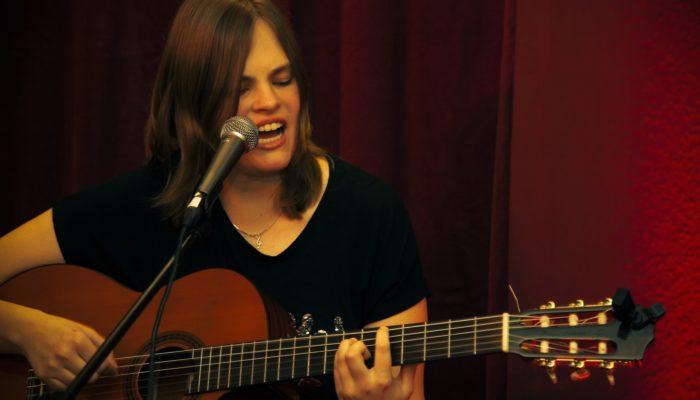Steinbick Akustik Duo - Jenny Steinbick Gesang und Gitarre